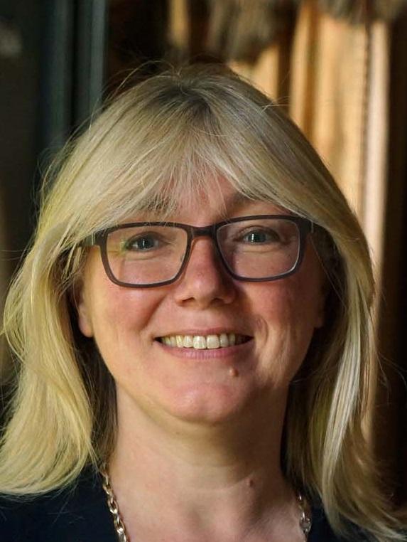 Patricia Jansma MRICS TMV RT, onafhankelijk taxateur kunst antiek kostbaarheden inboedelgoederen